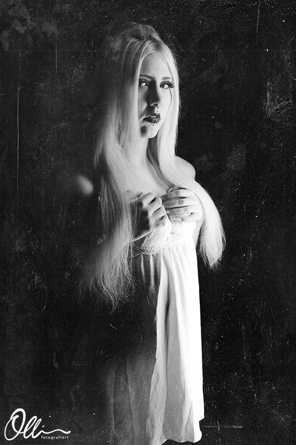 Model: Lisa / Fotograf: Oliver Kühnle